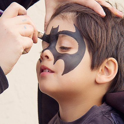 batman-boy-painting